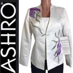 Ashro Embroidered floral Long sleeve blazer size 6